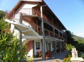 Pension Iulia | accommodation Eselnita
