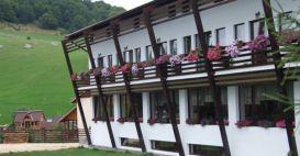 Pension Casa Muntelui | accommodation Fundata