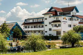 Resort CORMORAN RESORT | accommodation Uzlina