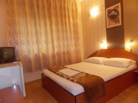 Hotel Holiday | Cazare Eforie Nord